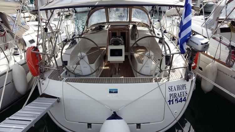 Jump aboard this beautiful Bavaria Yachtbau Bavaria Cruiser 37