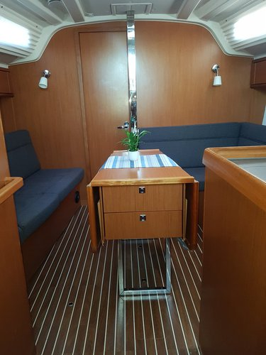 Discover Kvarner surroundings on this Bavaria Cruiser 37 Bavaria Yachtbau boat