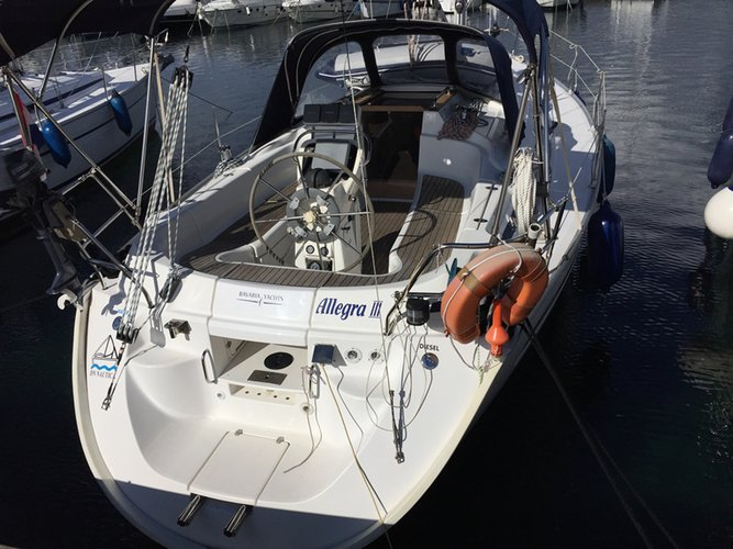 Enjoy luxury and comfort on this Kvarner sailboat charter