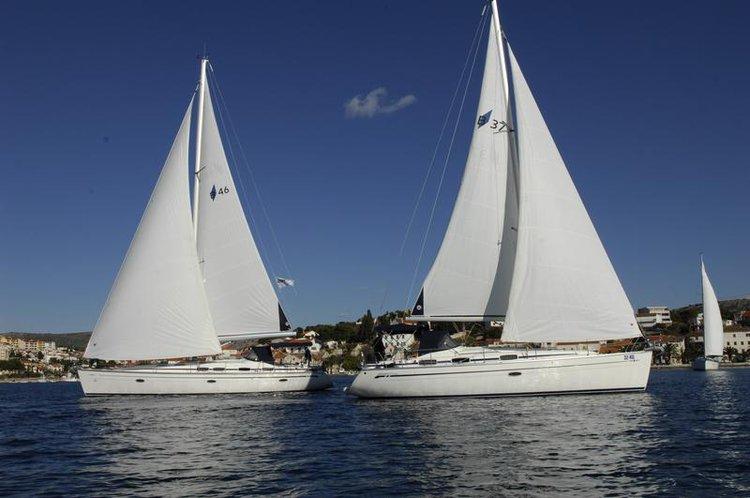 Sail the beautiful waters of Šibenik region on this cozy Bavaria Yachtbau Bavaria 37 Cruiser