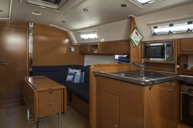 This 37.0' Bavaria Yachtbau cand take up to 8 passengers around Stockholm County