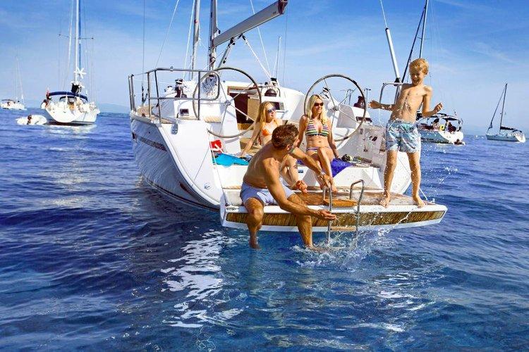 Enjoy Split region, HR to the fullest on our comfortable Bavaria Yachtbau Bavaria Cruiser 41
