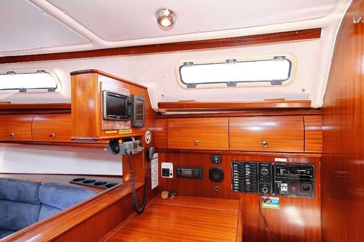 Discover Istra surroundings on this Bavaria 41 Bavaria Yachtbau boat