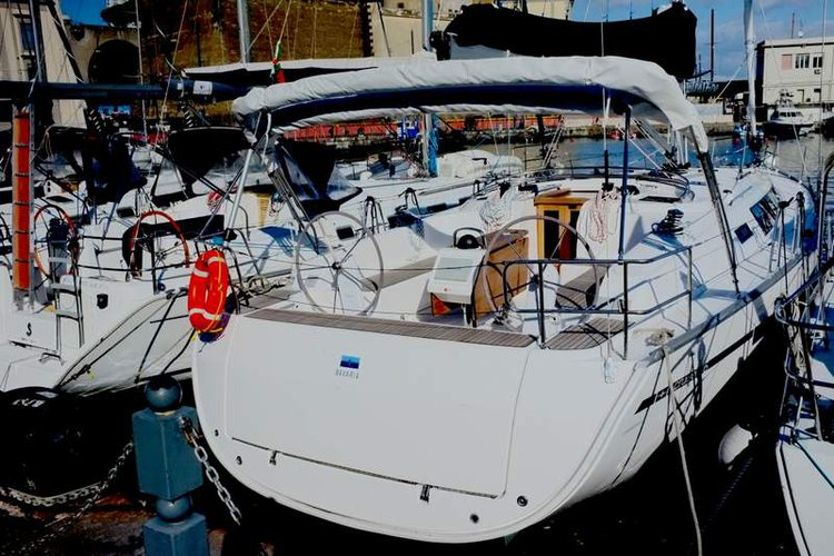 Discover Campania in style boating on this sailboat rental