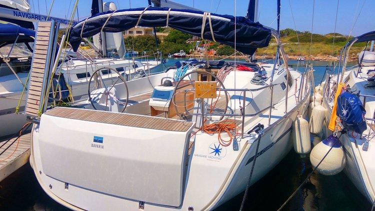 Enjoy luxury and comfort on this Bavaria Yachtbau Bavaria Cruiser 46 in Cyclades