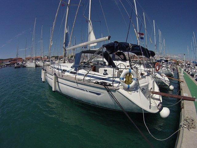 Enjoy Murter, HR to the fullest on our comfortable Bavaria Yachtbau Bavaria 50