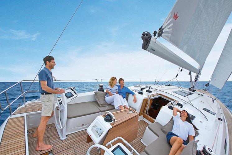 This 51.0' Bavaria Yachtbau cand take up to 12 passengers around Saronic Gulf