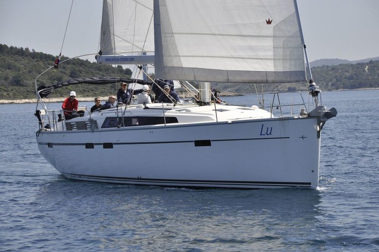 Discover Šibenik region surroundings on this Bavaria Cruiser 51 Bavaria Yachtbau boat