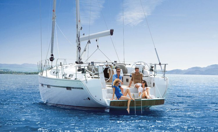 Relax on board our sailboat charter in Thessaly