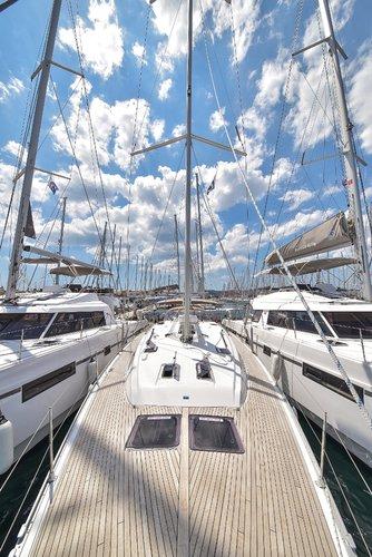 Discover Zadar region surroundings on this Bavaria Cruiser 51 Bavaria Yachtbau boat