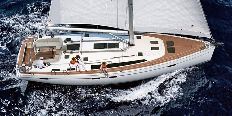 Enjoy luxury and comfort on this Zadar region sailboat charter