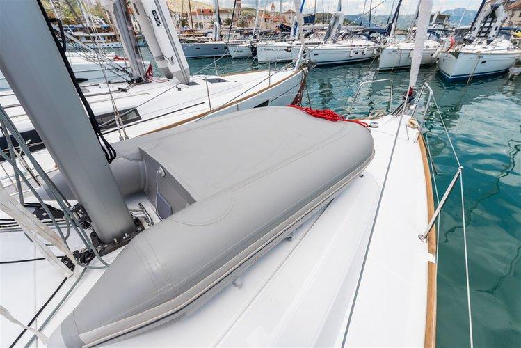 34.0 feet Bénéteau in great shape