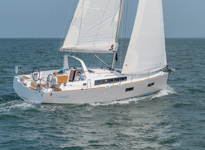 Get on the water and enjoy Zadar region in style on our Bénéteau Oceanis 38