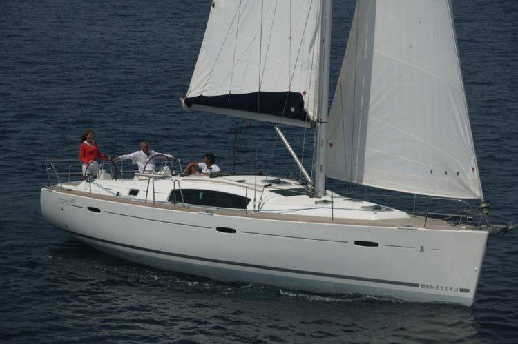 Bénéteau's 42.0 feet in Campania