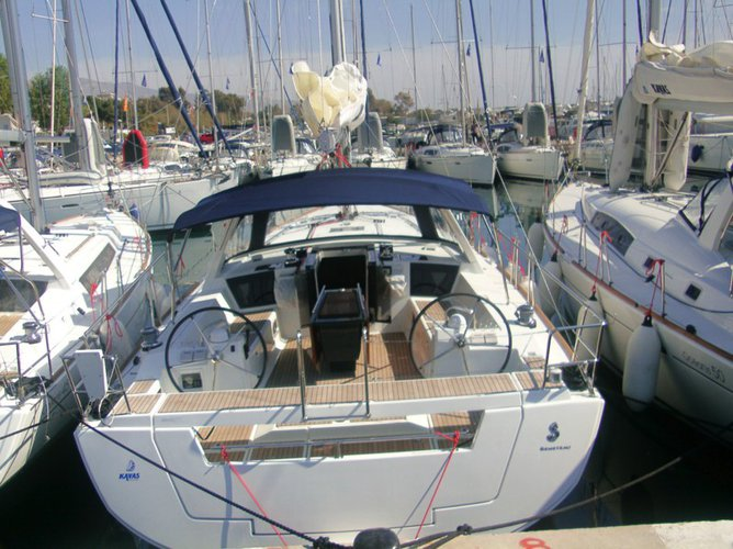 Hop aboard this amazing sailboat rental in Ionian Islands!