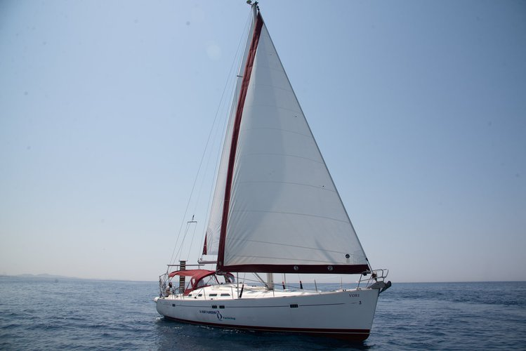Sail Saronic Gulf, GR waters on a beautiful Bénéteau Oceanis Clipper 473