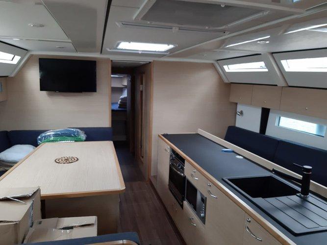 48.0 feet D&D Yacht in great shape