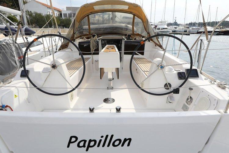 Enjoy luxury and comfort on this Dufour Yachts Dufour 350 GL in Šibenik region