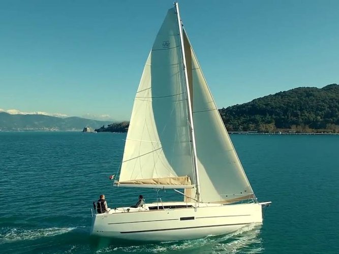 Jump aboard this beautiful Dufour Yachts Dufour 350