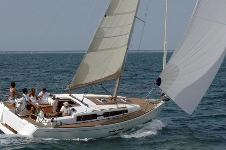 Dufour Yachts's 36.0 feet in Stockholm County