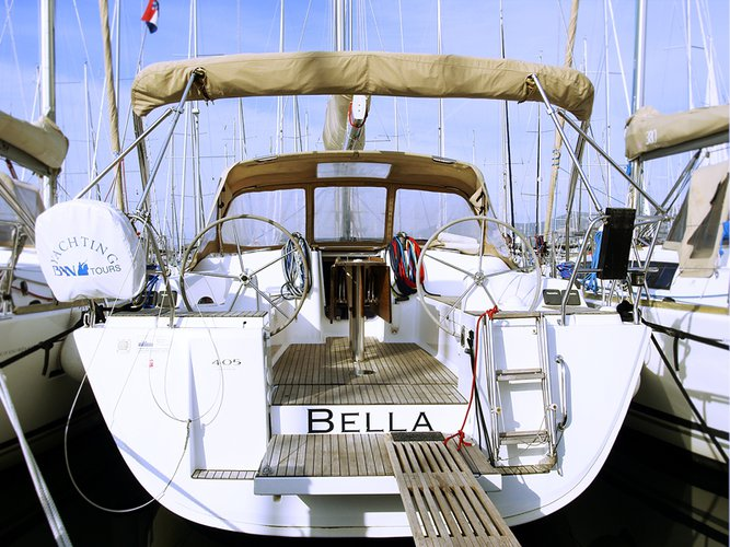 Explore Split region on this beautiful sailboat for rent