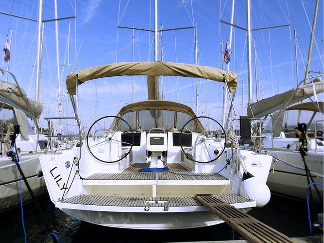 Charter this amazing Dufour Yachts Dufour 410 GL in Šibenik region, HR