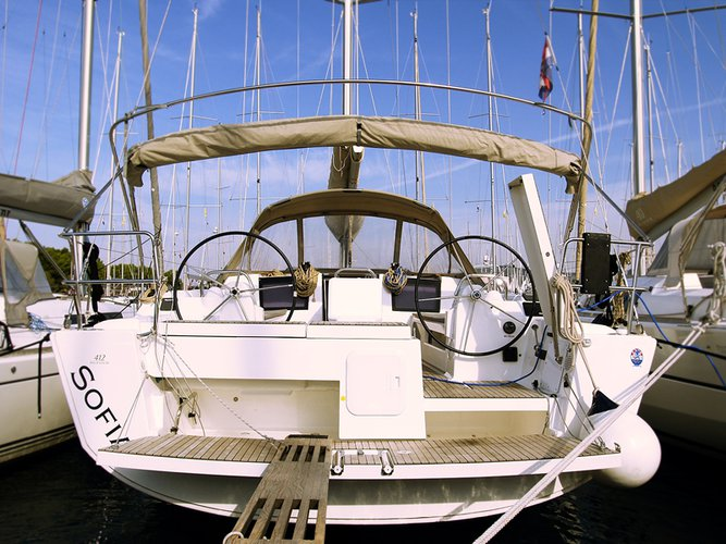 Sail the beautiful waters of Šibenik region on this cozy Dufour Yachts Dufour 412 GL