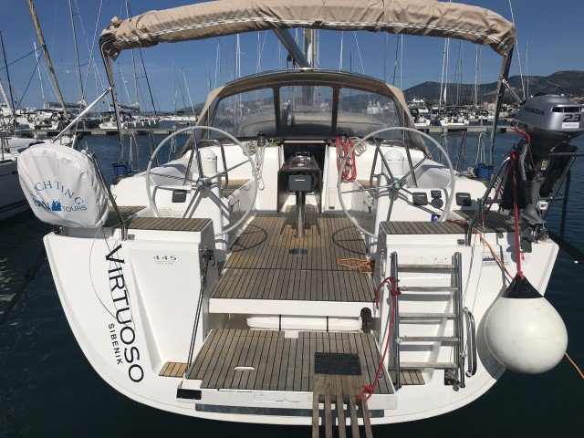 Experience Split region, HR on board this amazing Dufour Yachts Dufour 445 GL