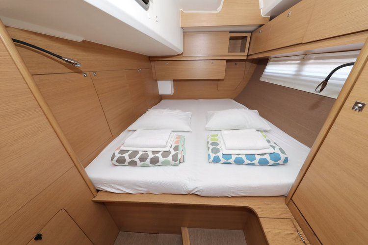 Discover  surroundings on this Dufour 560 GL Dufour Yachts boat