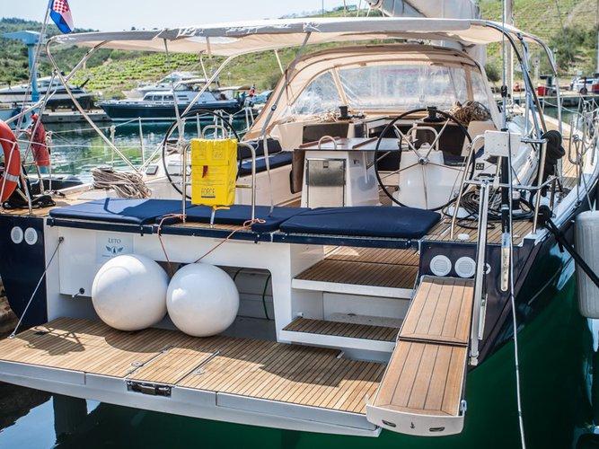 This 56.0' Dufour Yachts cand take up to 10 passengers around Šibenik region