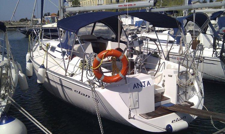This 34.0' Elan Marine cand take up to 6 passengers around Zadar region