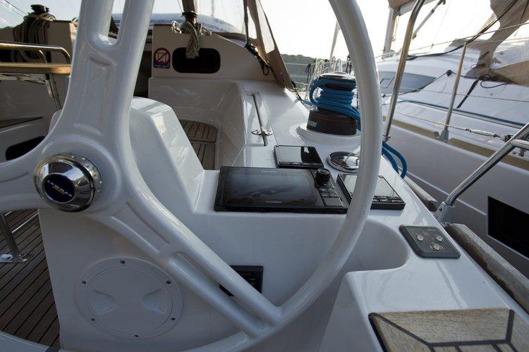 39.0 feet Elan Marine in great shape
