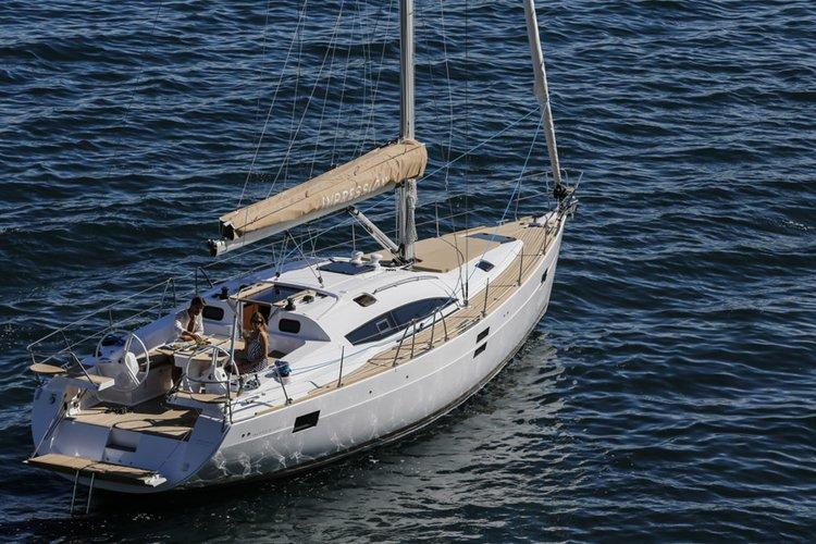 Enjoy luxury and comfort on this Split region sailboat charter