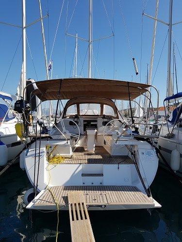 Jump aboard this beautiful Elan Marine Elan Impression 45