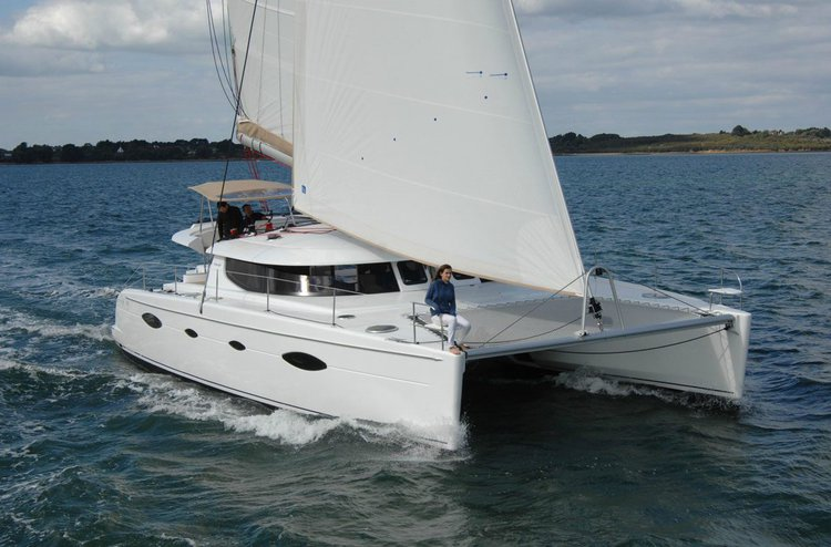 Hop aboard this amazing sailboat rental in Saronic Gulf!