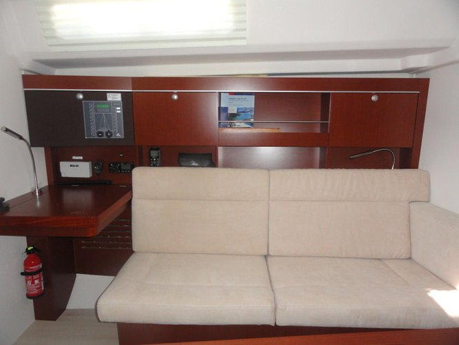 Discover Istra surroundings on this Hanse 385 Hanse Yachts boat