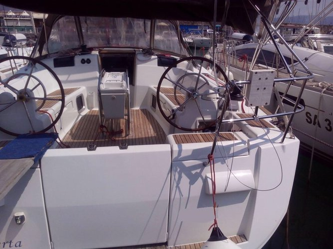 Boat for rent Jeanneau 43.0 feet in Campania, Italy