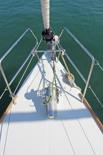 Jeanneau's 43.0 feet in Cyclades