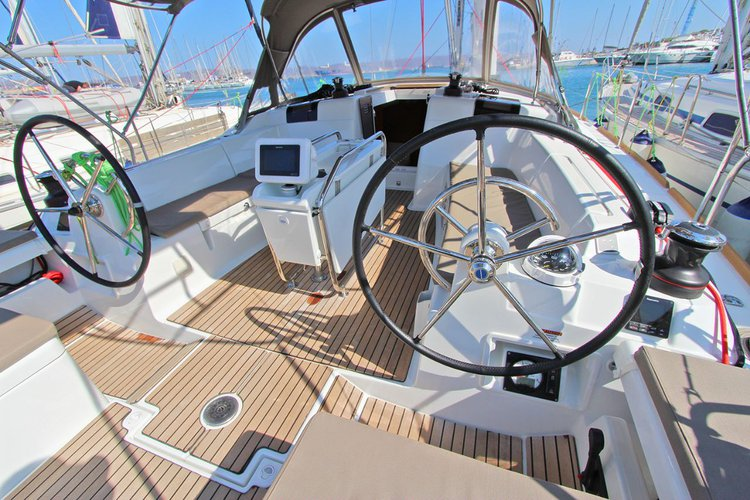 Boat for rent Jeanneau 43.0 feet in Cyclades, Greece