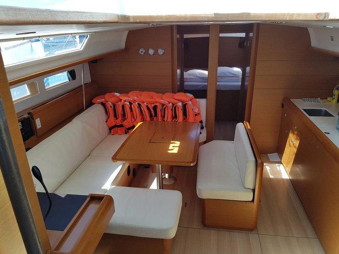 Jeanneau's 46.0 feet in Zadar region