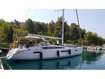 Enjoy Marmaris, TR to the fullest on our comfortable Jeanneau Jeanneau  53