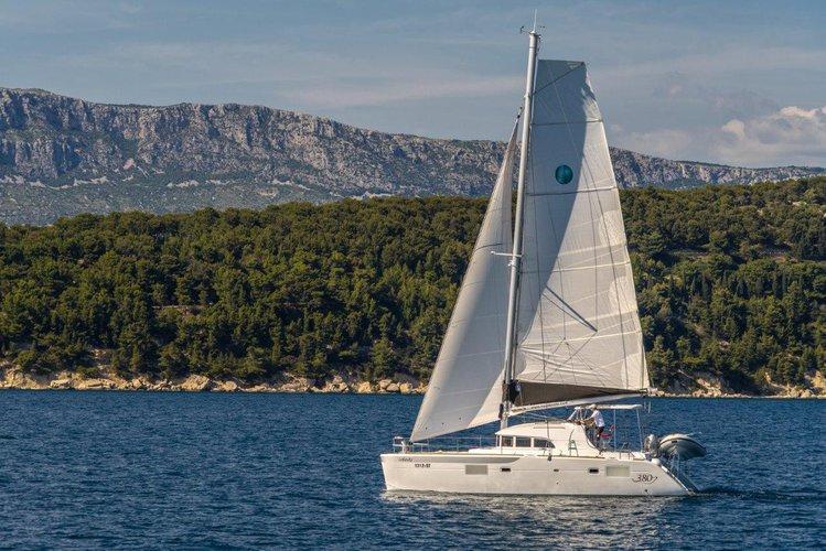 Climb aboard this Lagoon-Bénéteau Lagoon 380 for an unforgettable experience