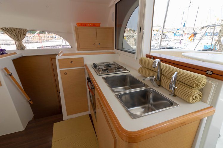Boating is fun with a Lagoon-Beneteau in Sicily