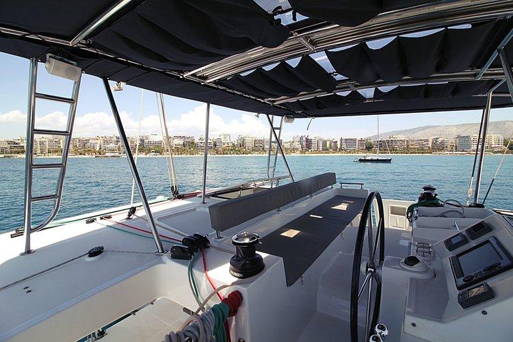 Lagoon-Bénéteau's 45.0 feet in Saronic Gulf