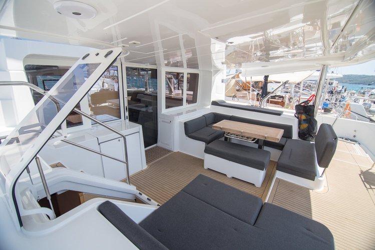 This 51.0' Lagoon-Bénéteau cand take up to 12 passengers around Split region