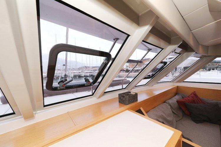 Discover Split region surroundings on this Nautitech 46 Fly Nautitech Rochefort boat