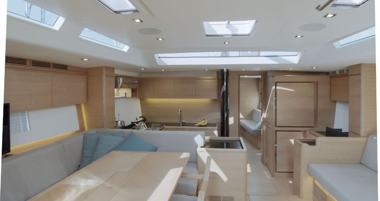 57.0 feet Solaris Yachts in great shape