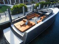 Water Lamborghini – 55′ Vandutch