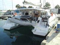 Beautiful Catamarans Nautitech Nautitech 40 ideal for sailing and fun in the sun!