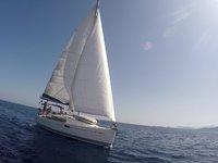Beautiful Jeanneau Sun Odyssey 36i ideal for sailing and fun in the sun!